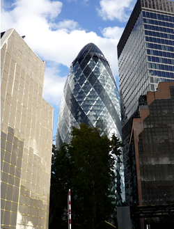 London walking tours - the Gherkin building